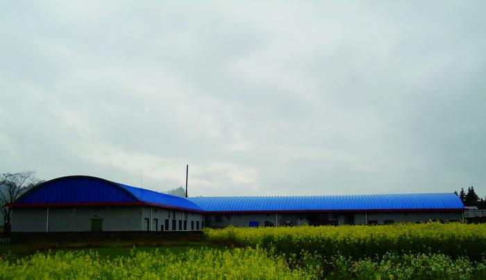 湖南惠龙兔业有限公司车间、仓库-拱形波纹屋盖工程