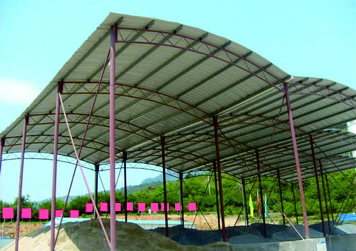 简易钢架_拱形波纹钢屋盖工程