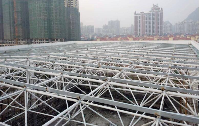 桂林市临桂环湖小学风雨操场网架钢结构工程